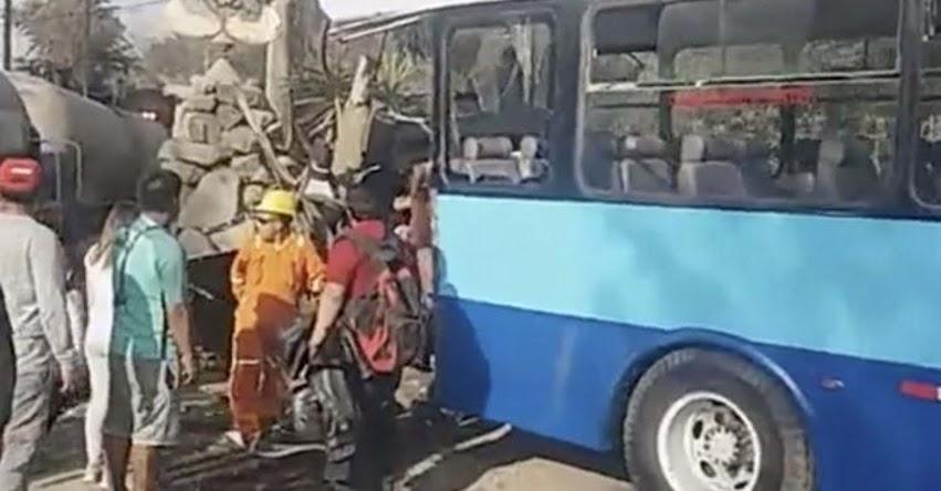 Bus escolar que regresaba de un paseo campestre colisiona con locomotora en Chaclacayo y deja cerca de 20 estudiantes heridos
