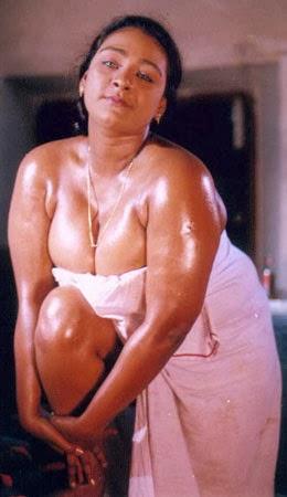 Shakila Sexy Boobs 101