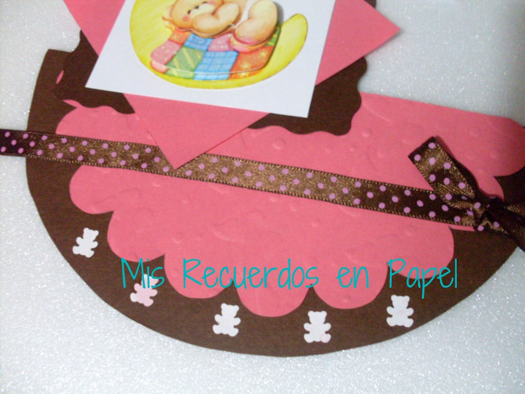 ab9ce38c2 Acá se ve la hermosa cinta que compre para hacerle lacitos a mi bebe y me  sirvió para esta linda tarjeta