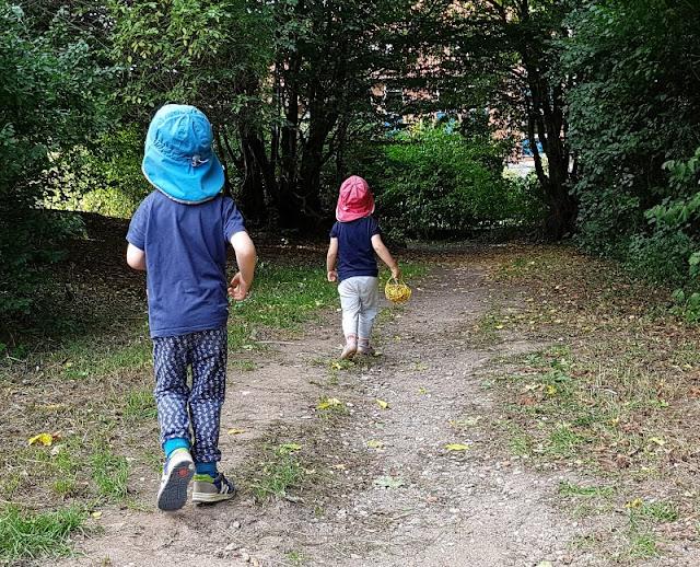 Damit der Weg nach Hause wieder einfach wird: Etwas Schönes nach dem Kindergarten zusammen unternehmen. Der Weg nach Hause kann auch schön und einfach sein!