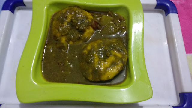 Maize Dhokla in Radish Spinach gravy