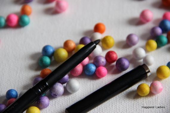 VLCC Enchanting Eyes Black Kajal pencil