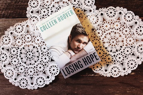 REVIEW: Losing Hope by Colleen Hoover