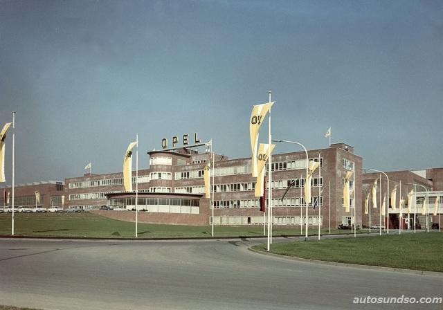 Opel Werk Bochum im Jahre 1962, wird 2016 geschlossen