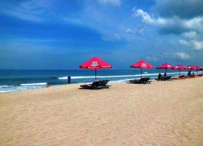 Wisata Pantai Pasir Putih, Pantai Kuta Lombok