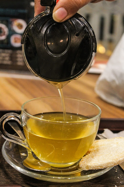 Tea Trails Mumbai Food Review Blog Leading Food Lifestyle Vegetarian Blogger India