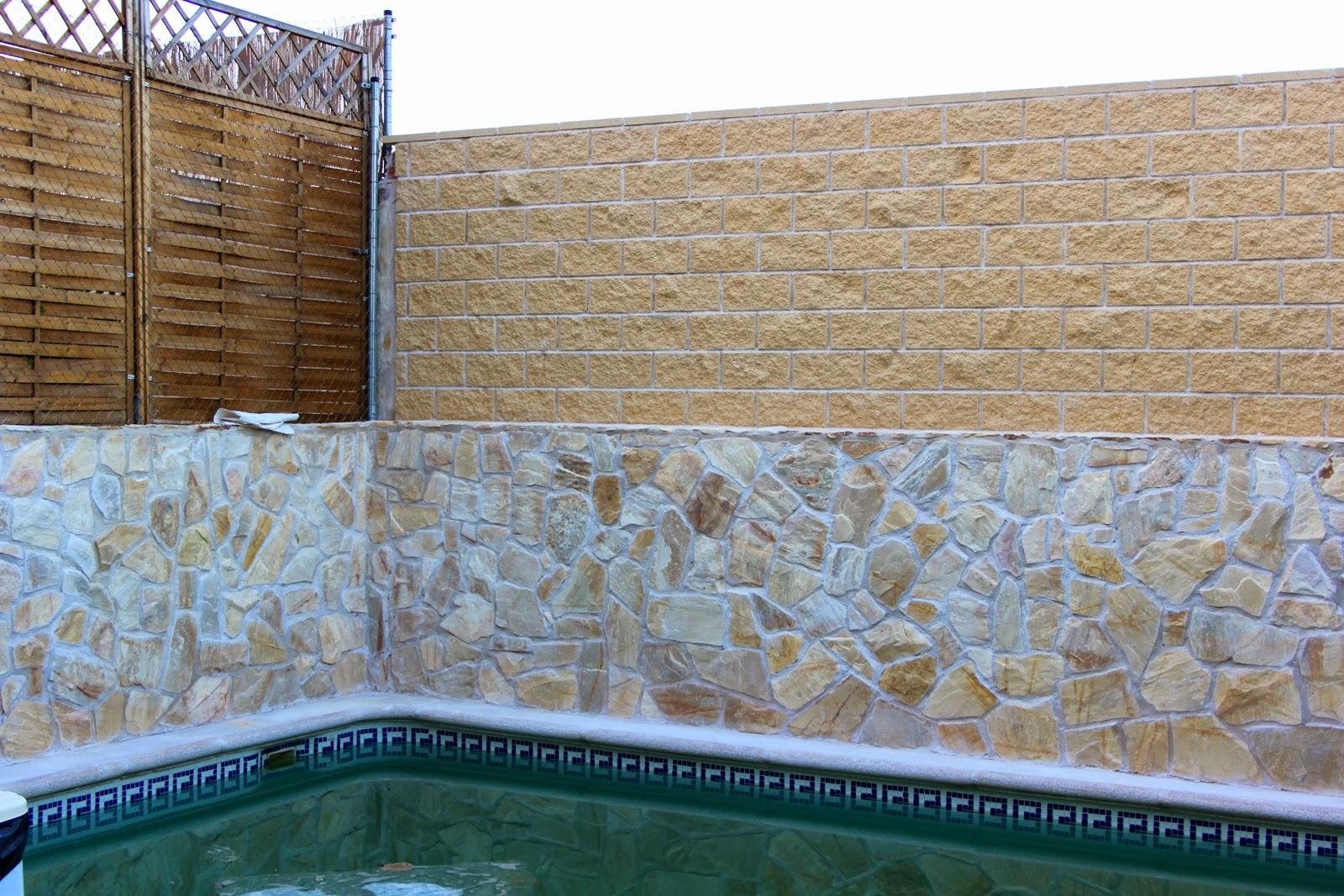 Bloques de hormigon colores la juanita sl materiales de for Hormigon impreso paredes