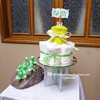 Alquiler renta de bases pedestal en vidrio y cristales para pastel de bodas y alquiler base tronco arbol para candy bar cake pops