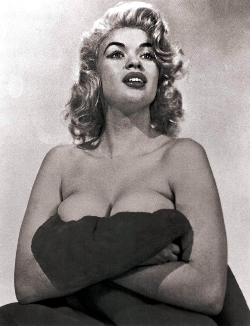 Amateur milf panties bra
