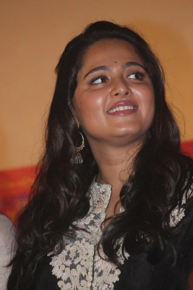 Anushka Shetty At Inji Idupazhagi Movie Audio Launch