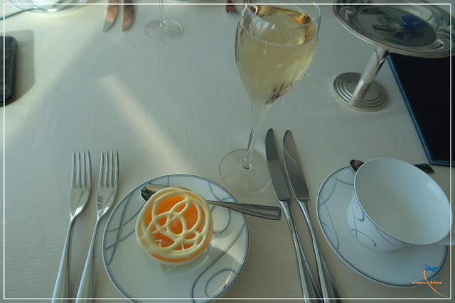Afternoon Tea, no luxuoso Burj Al Arab