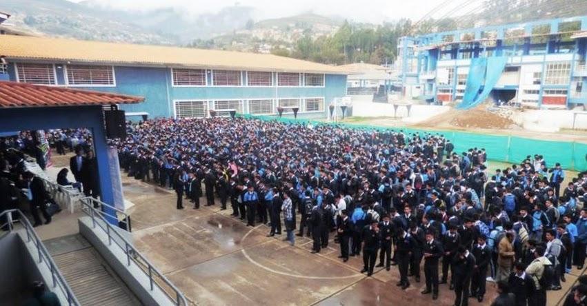Más de 440 mil alumnos iniciaron año escolar en la DRE Cajamarca