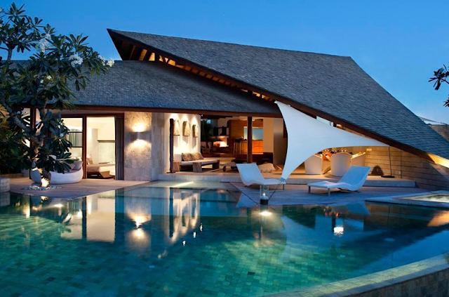 desain rumah gaya villa bali