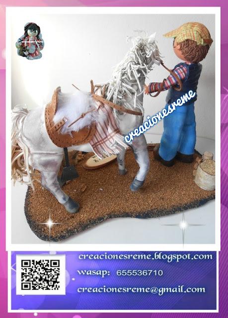 fofucha-creacionesreme-personalizadas-foami –policia-ositofofucho-osito-adorno-fofucha-fofucha-pijama-pijama-pìntado-amano-lasmejores-fofuchas-pintadas-amano-cajita-para-fofuchos-caballo-fofucho