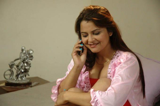Desi Voyeur College Girl N Bhabhi: May 2012