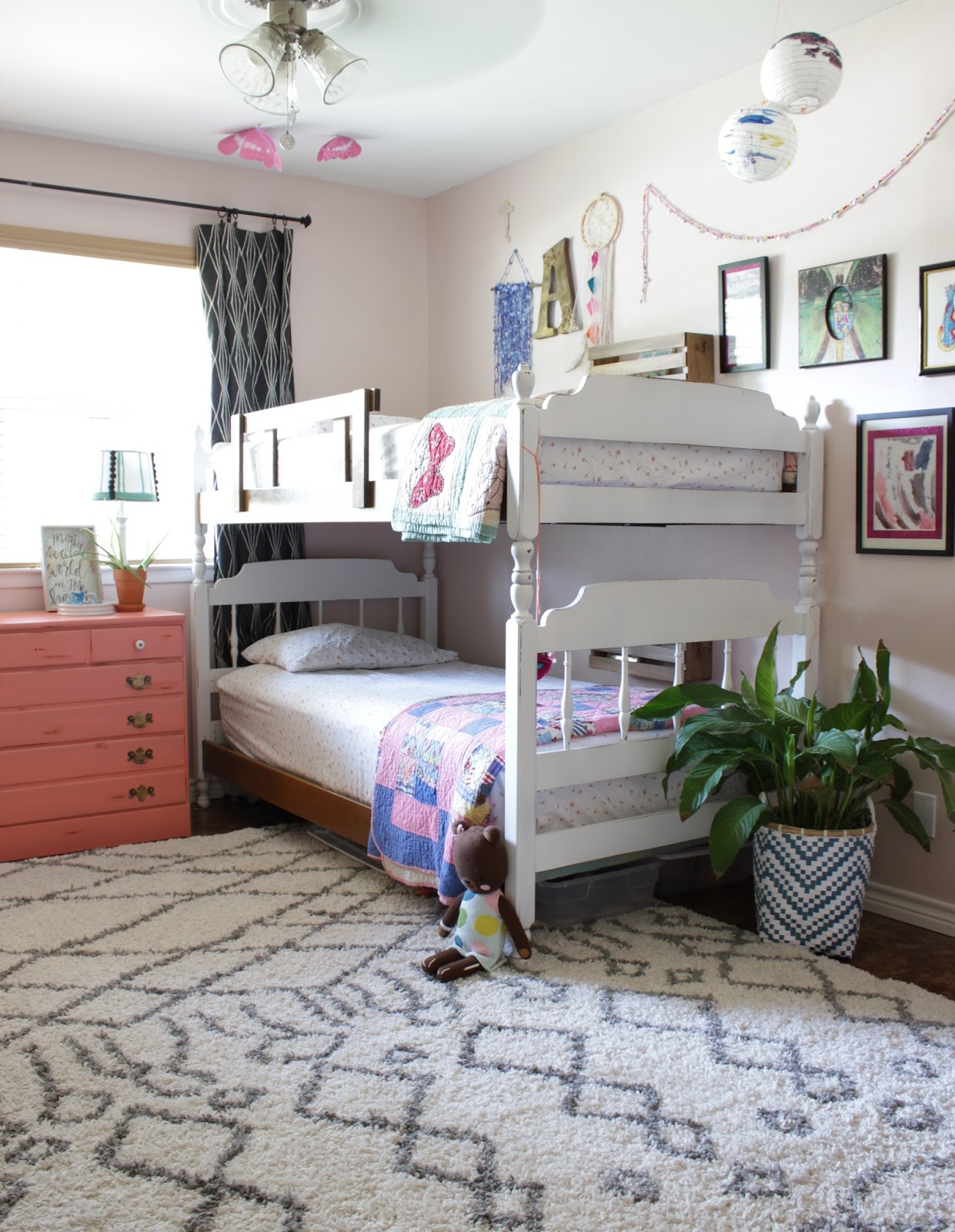 Before: Big kid's aqua dream room design | House Homemade