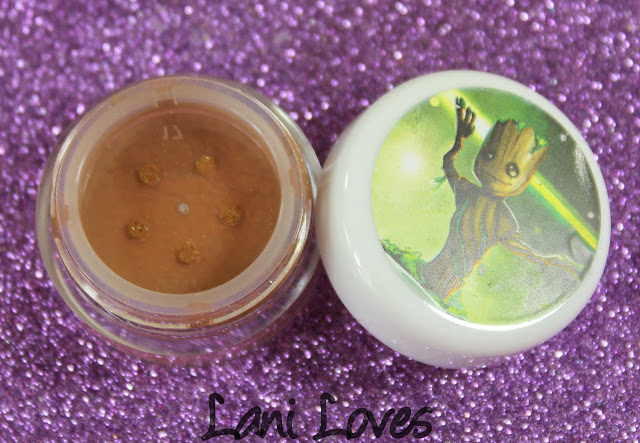 Darling Girl Baby Groot eyeshadow swatches & review