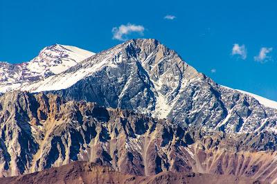Cerro Pirámide (5.484m) desde Embalse del Yeso