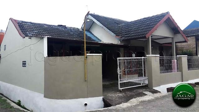 Rumah Dijual dalam Perumahan jalan Wates Km 7