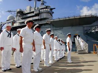 Merchant Navy Officers में Career कैसे बनाये?