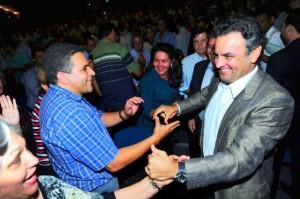 Aécio: agenda do PSDB continuará sendo a de um partido que olha para o futuro