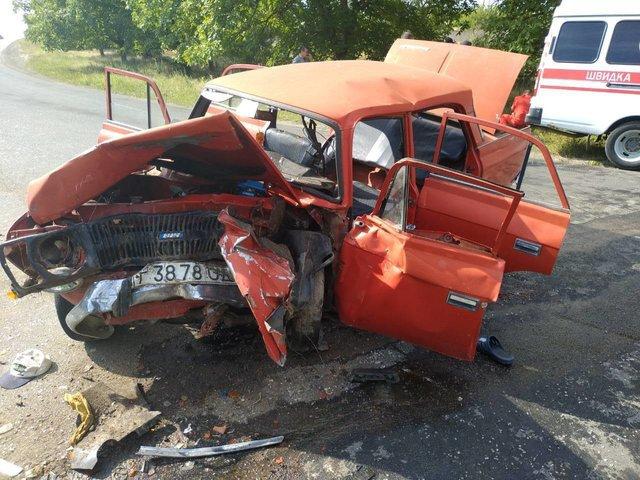В Одеській області сталася страшна ДТП: машини зіткнулися лоб в лоб