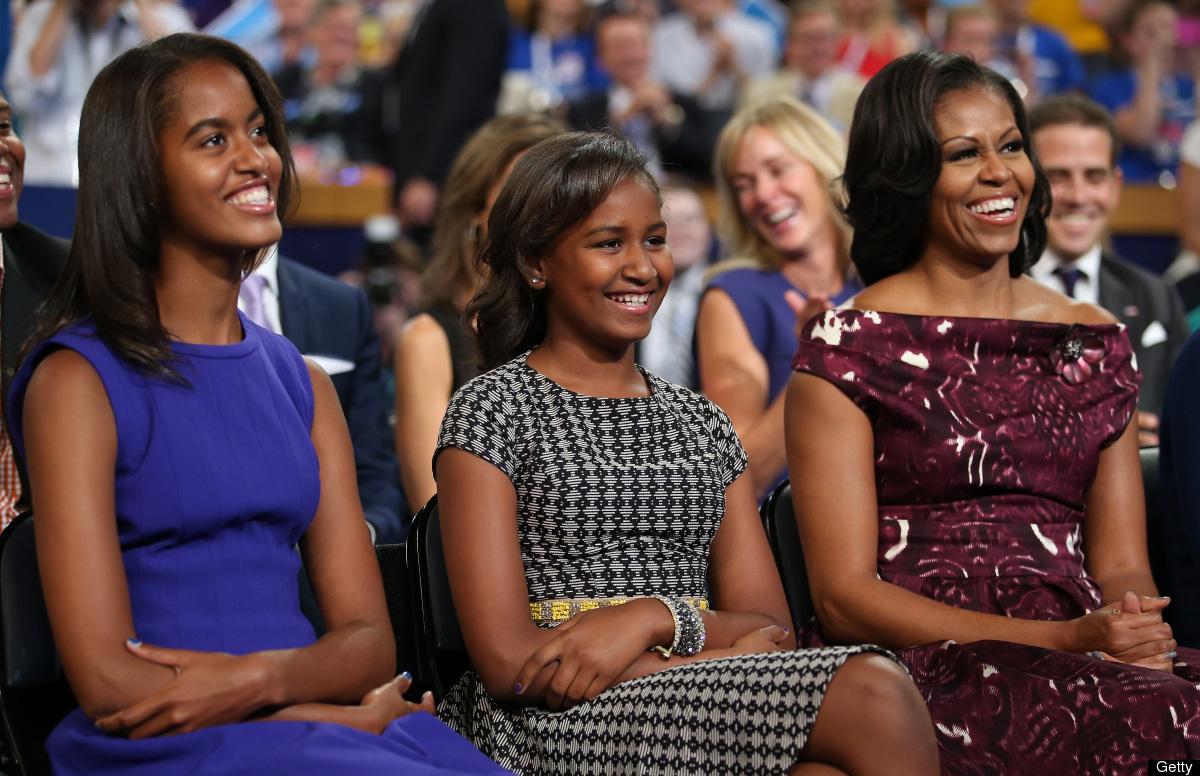 Electronic Village Wordless Wednesday Malia And Sasha Obama