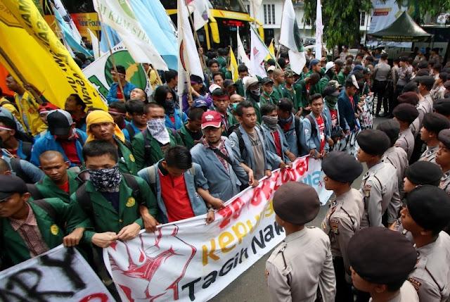 Rakyat Semakin Sengsara! Jika Jokowi Tak Mau Lakukan Ini, BEM Se Indonesia Bakal Demo Lebih Ganas Dan Dahsyat