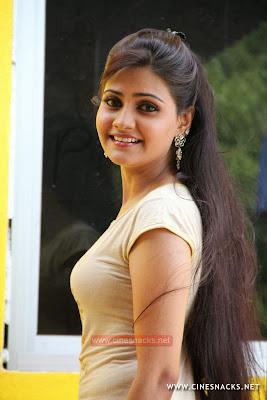 Mano Chitra Tamil Actress