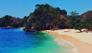 Lokasi Pantai 3 Warna