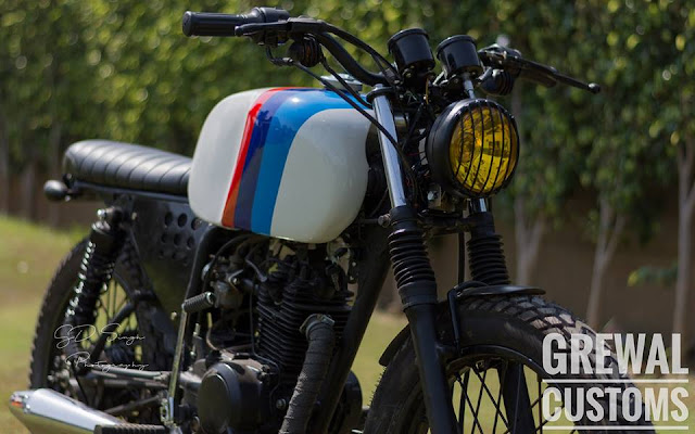 Grewal Customs Bajaj CT100 Brat
