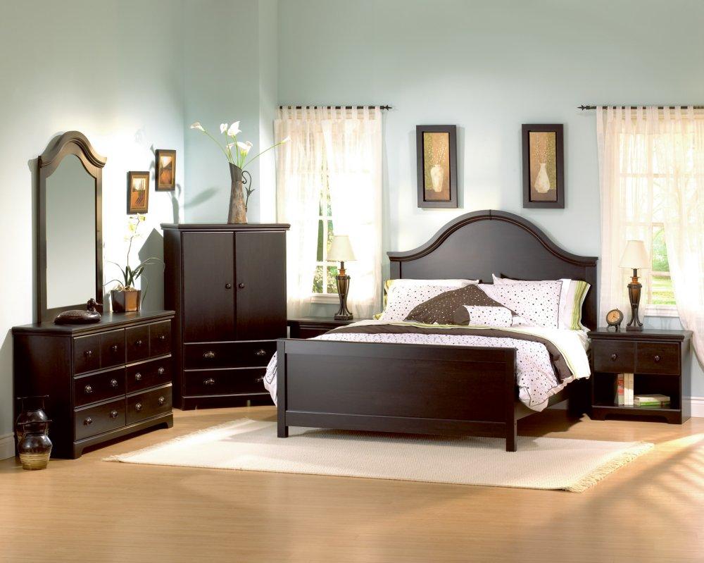 Asian Culture: Bedroom Set