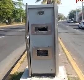 Nuevamente vandalizan cámara de foto-infracción, en puerto Veracruz