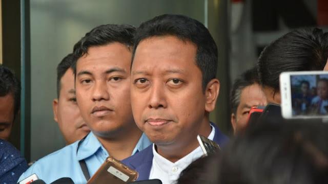 Romy Sebut Semua Pendukung Prabowo Pasti Berbalik Dukung Jokowi Karena Hoax Ratna
