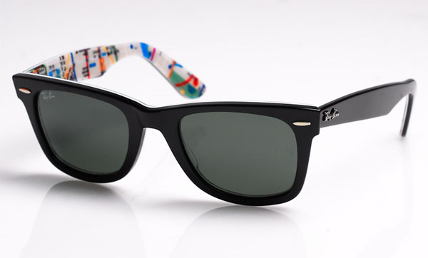 "933fbb7d96 The Ray-Ban Wayfarer  Subway not only want you to ""Never Hide"