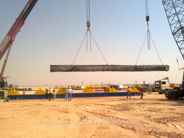 Test pile being placed on the lifting platform