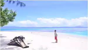 Pulau Miosindi Serui Yapen