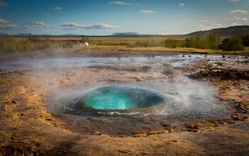 Wallpaper: The Great Geysir