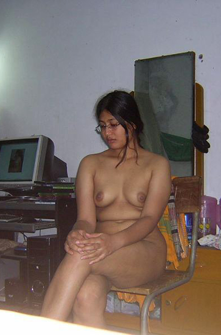 Bengali girl enjoying sex with her boyfriend - 3 9