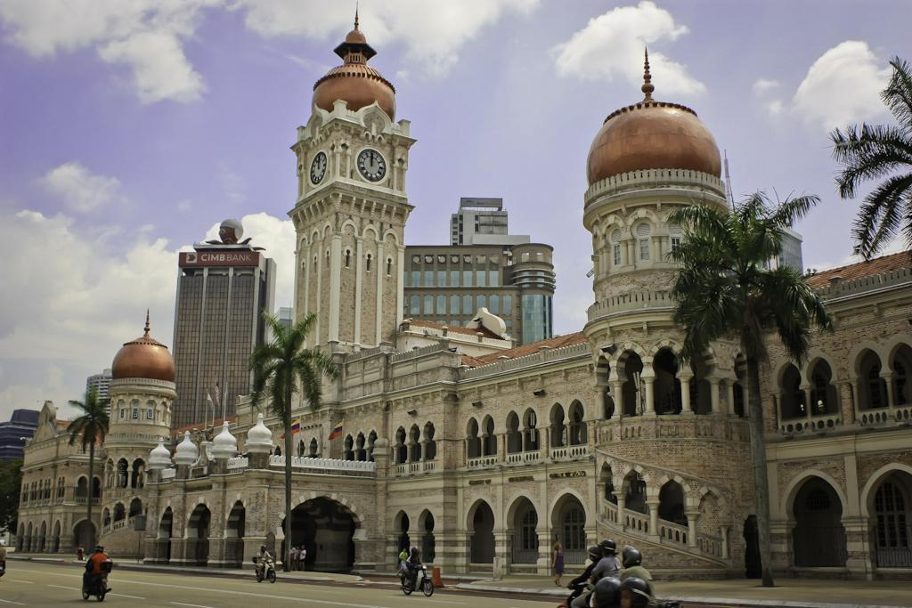 Contoh Rumusan Bangunan Bersejarah PT3 Sejarah 2016