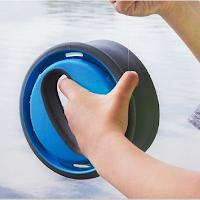 Pêcher à la main avec une bobine souple The Reel Flip