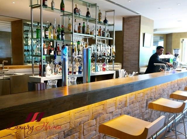 doubletree hilton johor bahru tosca bar reviews