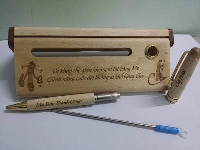 Bút khắc gỗ