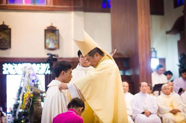 Lễ truyền chức Phó tế và Linh mục tại Giáo phận Lạng Sơn Cao Bằng 27.12.2017 - Ảnh minh hoạ 27