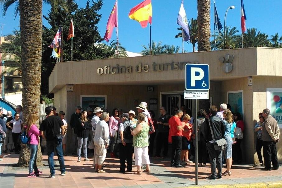 Guilas radio 91 4 fm guilas supera las expectativas for Oficina turismo aguilas