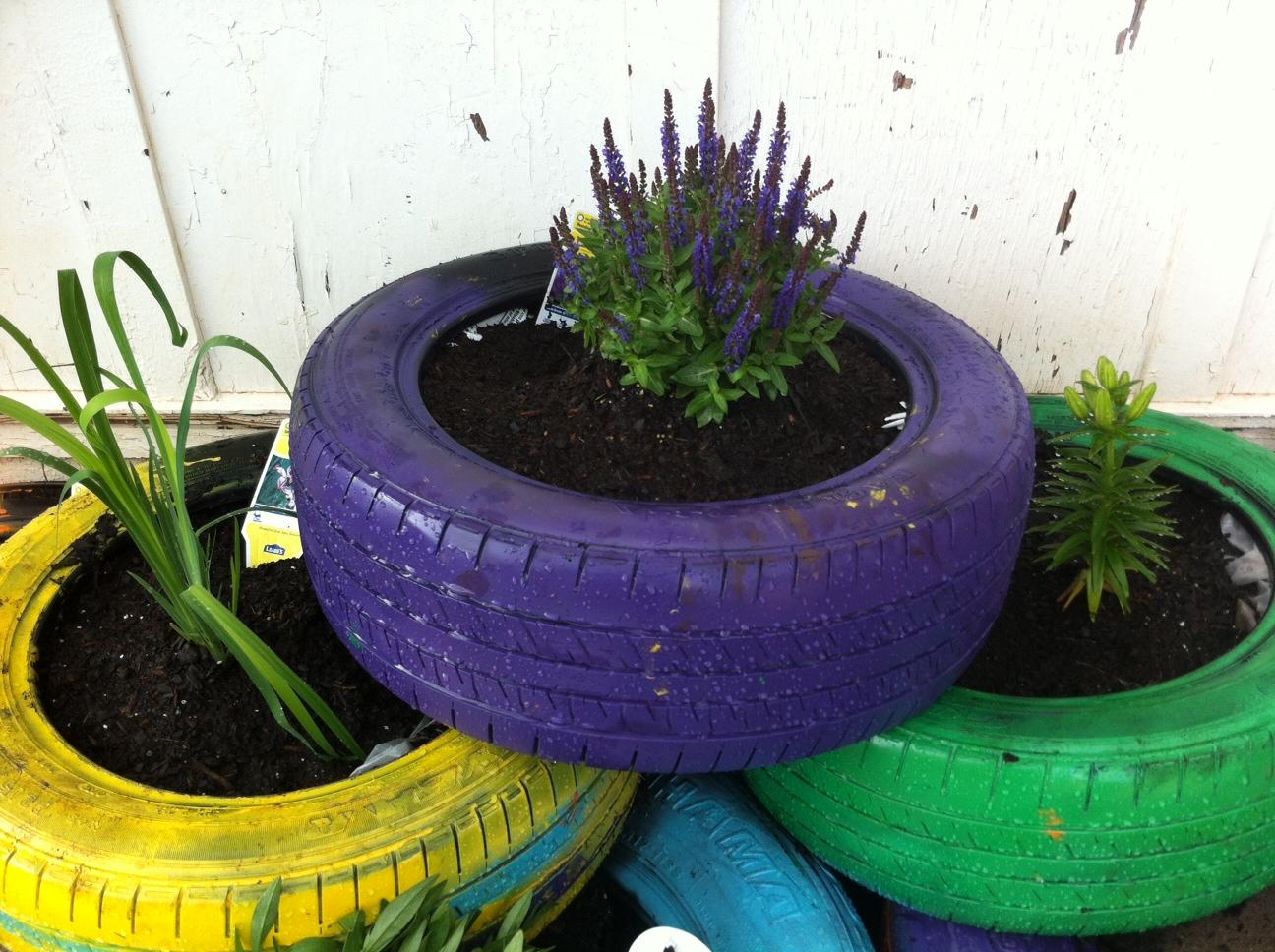 tire flower garden used tires flower garden