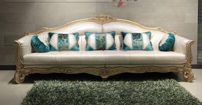 sofa ukir mewah warna emas