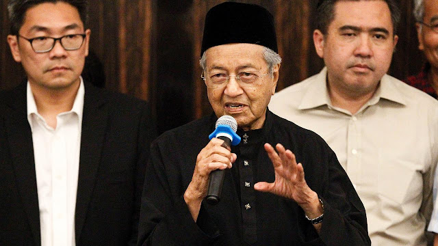 Mahathir: Malaysia Tidak Akan Ikut Campur Soal Uighur di China