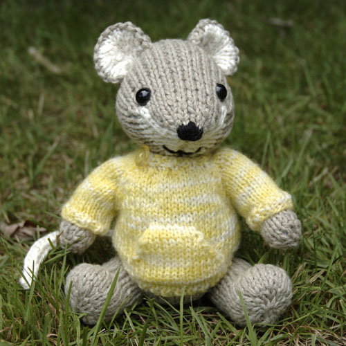 Pocket Mouse - Free Pattern
