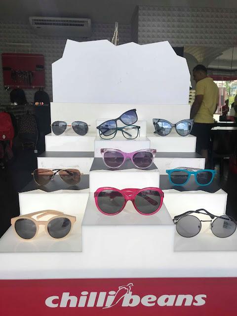 Complete o estilo da criançada com os modelos de óculos da Chilli Beans!  Óculos escuros, óculos de grau da moda e relógios. O Dia das Crianças ... 4865cf6375